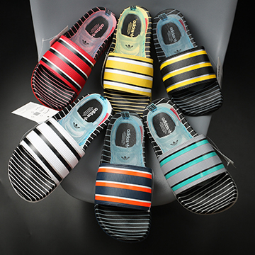 Dép Adidas in 3D độc đáo
