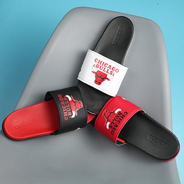 Dép Adidas Plus Chicago Bulls