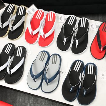 Dép xỏ ngón Adidas Comfort