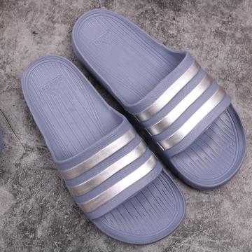 Dép đúc Adidas Duramo xám sọc bạc
