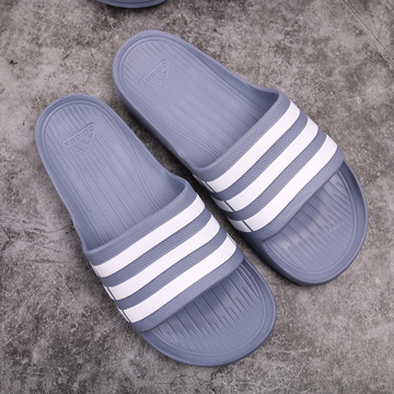 Dép đúc Adidas Duramo xám sọc trắng