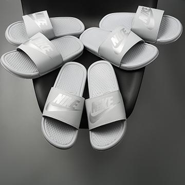 Dép Nike Benassi Xám